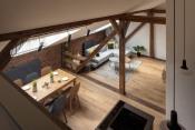 Byt pod střechou, soutěžící KP INTERIORS; Vítěz veřejného hlasování v kategorii Dřevěné interiéry – realizace