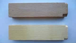 Obr. 4 Vzorek buku (nahoře) a borovice (dole) s povlakem TiO2