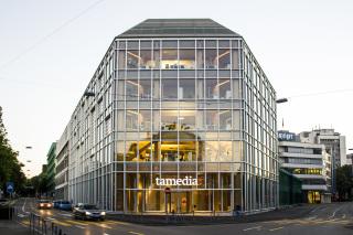 Obr. 6 Administrativní budova firmy Tamedia v Curychu